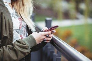 Girl-sms